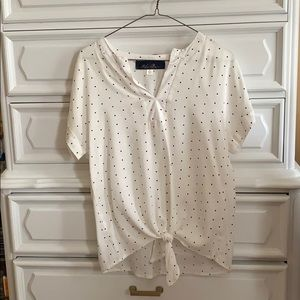 Dotted front tie top